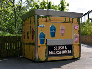 StarSlush Kiosk Wrap at Chessington World of Adventure
